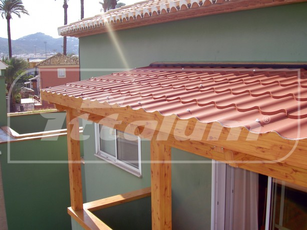 Rm aluminios Pergolas imitacion madera